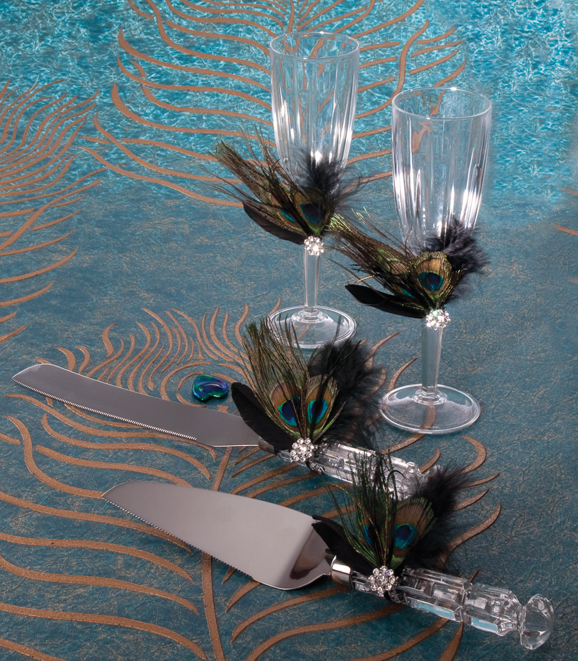 Peacock Wedding Centerpieces Ideas: Masquerade Ball Wedding
